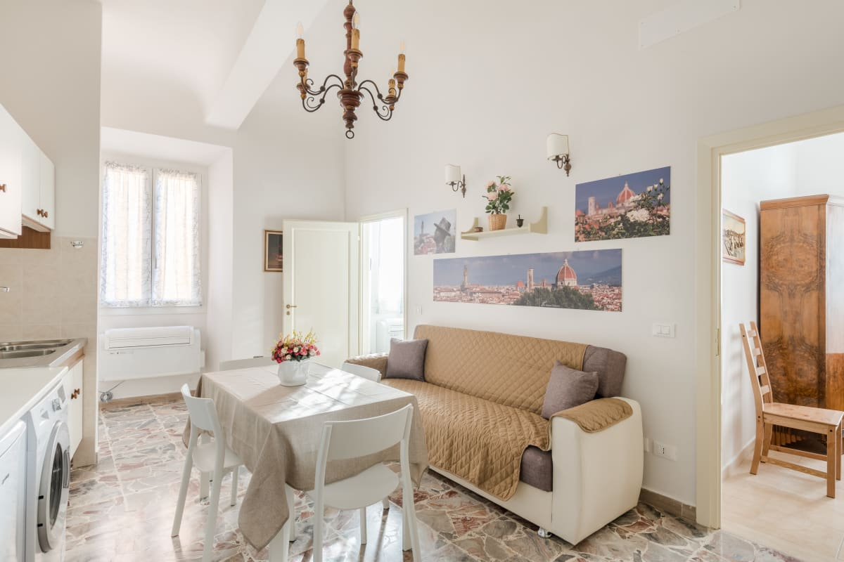 Apartment LEGRAZIE apartments in BEST location of Florence   photo 20441980