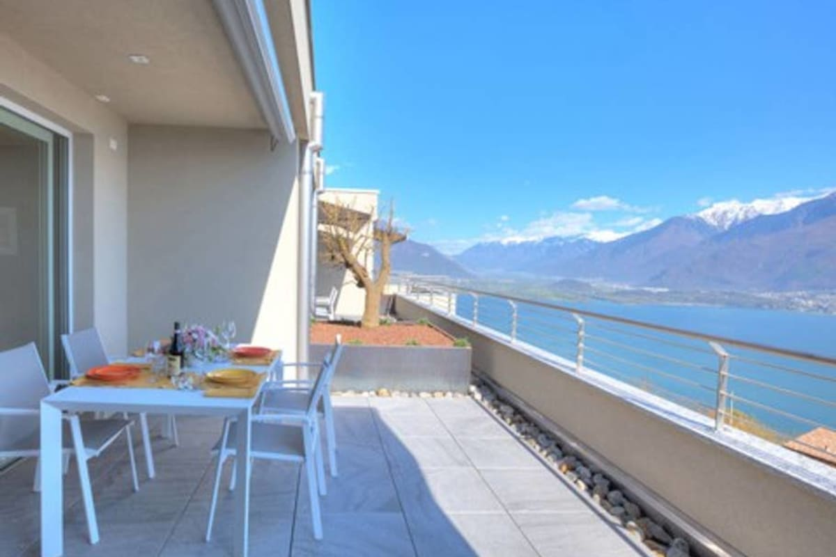 Apartment Holiway Home Valarin Napoli photo 20405764