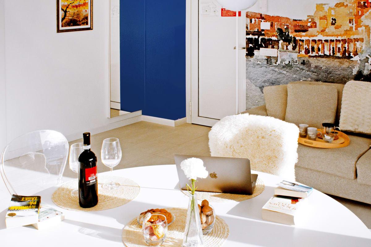 Apartment Holiway Home Valarin Napoli photo 23577648