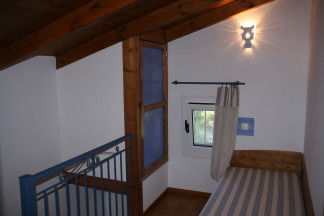 Mezzanine with single bed