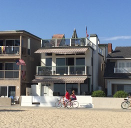 Full Beachfront Home. Great for families!