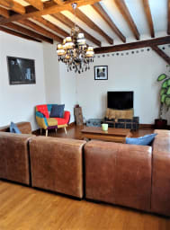 The bohemian spirit in a duplex in the bucolic lower town of Chartres!