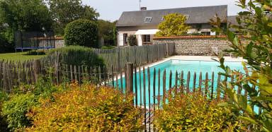 Le Convivial - Paisible propriété proche Paris/Chartres