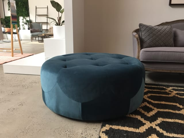 Marque large round ottoman peacock teal 02