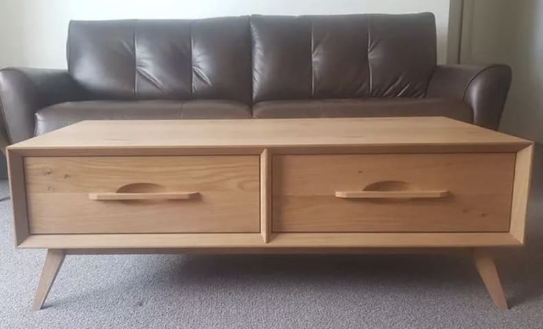 Hans coffee table with drawers 01