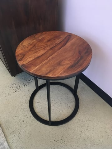 Huber side table walnut acacia 03