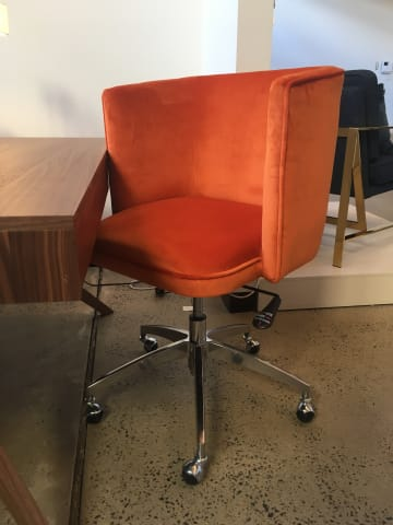 Vince office chair tangerine orange 07