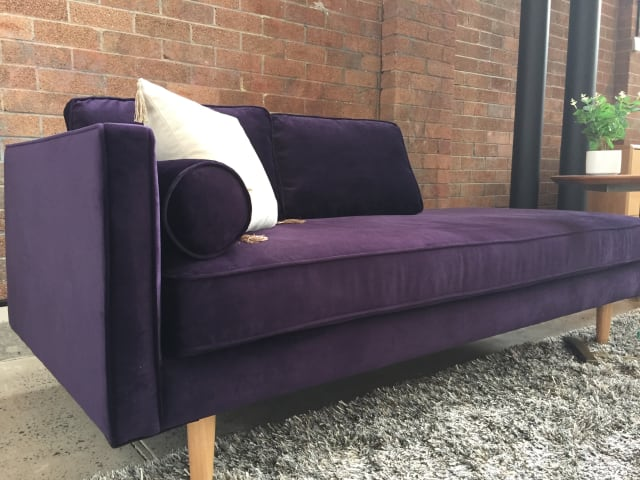 Kate daybed amethyst purple 01