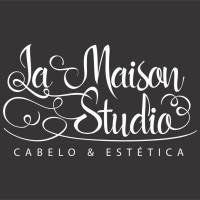 Vaga Emprego Auxiliar cabeleireiro(a) Jardim Aricanduva SAO PAULO São Paulo SALÃO DE BELEZA La Maison Studio