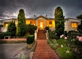 Guest House / B&B Business in Albany