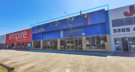 Showrooms / Bulky Goods commercial property for lease at Boondall QLD 4034