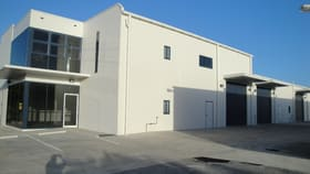 Showrooms / Bulky Goods commercial property for lease at 4 GIBSON STREET Gladstone Central QLD 4680
