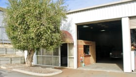 Showrooms / Bulky Goods commercial property sold at 18/96 Briggs St Welshpool WA 6106