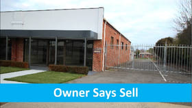 Showrooms / Bulky Goods commercial property for sale at 607A La Trobe St Redan VIC 3350