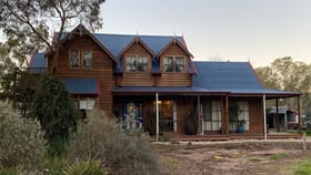 Rural / Farming commercial property for sale at 5828 WESTERN HIGHWAY Dadswells Bridge VIC 3385