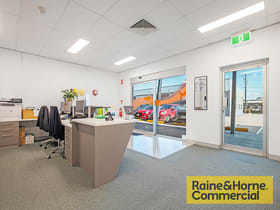 Shop & Retail commercial property for sale at 21/302 South Pine Road Brendale QLD 4500