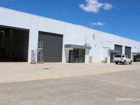 Industrial / Warehouse commercial property for sale at Shop5,192-208 Princes Drive Morwell VIC 3840