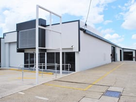 Showrooms / Bulky Goods commercial property for sale at 11 MOSS STREET Slacks Creek QLD 4127