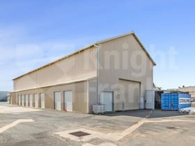 Showrooms / Bulky Goods commercial property for lease at 4/197 Kent Street Rockhampton City QLD 4700