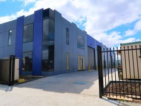 Showrooms / Bulky Goods commercial property for lease at 3/18-20 Futures Road Cranbourne West VIC 3977