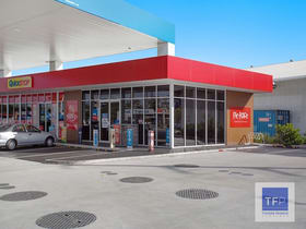 Showrooms / Bulky Goods commercial property for lease at 31 Ferry Road Southport QLD 4215