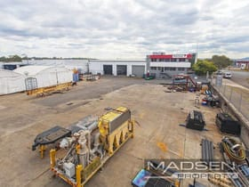 Industrial / Warehouse commercial property for sale at 1 Colebard Street East Acacia Ridge QLD 4110
