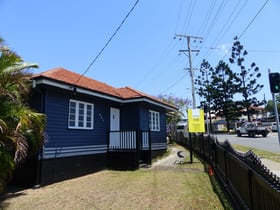 Offices commercial property for lease at 657 Wynnum Road Morningside QLD 4170