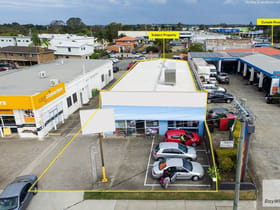 Showrooms / Bulky Goods commercial property for lease at 8 Dixon Street Strathpine QLD 4500
