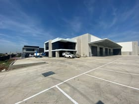 Industrial / Warehouse commercial property for sale at 25 Furlong Street Cranbourne West VIC 3977