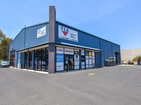 Industrial / Warehouse commercial property for lease at 2/14 Corporation Avenue Bathurst NSW 2795