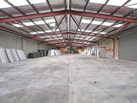 Industrial / Warehouse commercial property for lease at 23 Kembla  Street Cheltenham VIC 3192