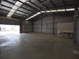 Factory, Warehouse & Industrial commercial property for lease at 2/958 Carcoola Street North Albury NSW 2640