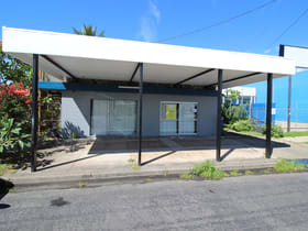 Showrooms / Bulky Goods commercial property for lease at 299-301 Draper Street Parramatta Park QLD 4870
