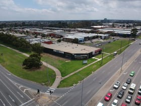 Showrooms / Bulky Goods commercial property for lease at 79-83 Amberley Crescent Dandenong VIC 3175