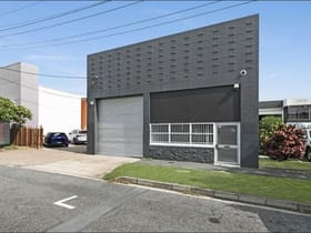 Factory, Warehouse & Industrial commercial property for lease at 21 Maud St Newstead QLD 4006