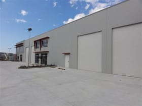 Factory, Warehouse & Industrial commercial property for lease at 8/152 Bluestone Circuit Seventeen Mile Rocks QLD 4073