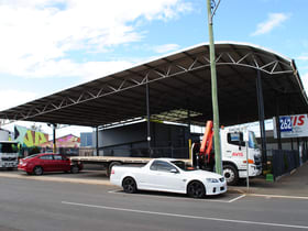 Showrooms / Bulky Goods commercial property for lease at 262 Ruthven Street Toowoomba City QLD 4350