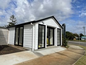 Shop & Retail commercial property for lease at 4/2 Panorama Drive Thornlands QLD 4164
