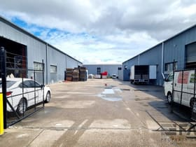 Factory, Warehouse & Industrial commercial property for lease at 99-101 Bradman Street Acacia Ridge QLD 4110