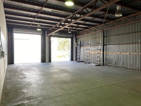 Factory, Warehouse & Industrial commercial property for lease at Unit 11&12/32 Jijaws Street Sumner QLD 4074