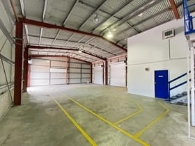 Factory, Warehouse & Industrial commercial property for lease at 348 Nudgee Road Hendra QLD 4011