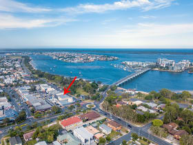 Retail commercial property for sale at Paradise Point QLD 4216