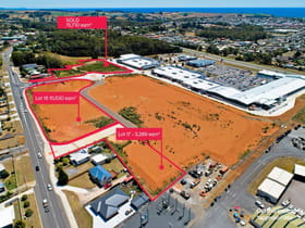 Showrooms / Bulky Goods commercial property for sale at Whole Property/1 Friend Street Devonport TAS 7310
