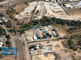Industrial / Warehouse commercial property for sale at 8 MAFEKING Street Stuart QLD 4811
