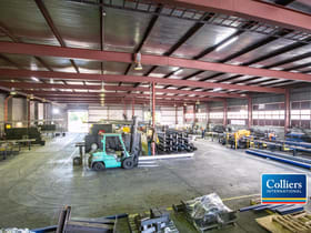 Industrial / Warehouse commercial property for sale at 27 Colebard Street West Acacia Ridge QLD 4110