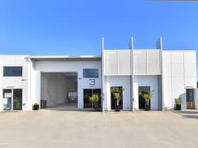 Industrial / Warehouse commercial property for sale at Unit 3/26-28 Link Crescent Coolum Beach QLD 4573