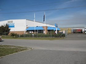 Industrial / Warehouse commercial property sold at 8 Fargo Way Welshpool WA 6106