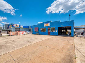Industrial / Warehouse commercial property for sale at 171 Railway Parade Thorneside QLD 4158