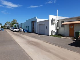 Shop & Retail commercial property for sale at 15-17 Hammett Street Currajong QLD 4812