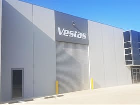 Industrial / Warehouse commercial property for sale at 30/8 Lewalan Street Grovedale VIC 3216